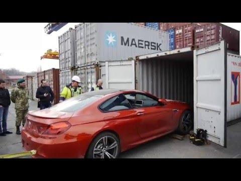 Затримання крадених елітних авто в Одеському порту