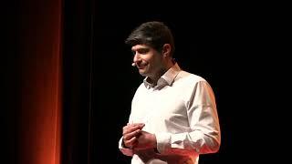 Faire progresser l'entreprise en partageant | Philippe PLANTIVE | TEDxChallans