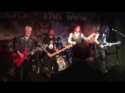 Take It : Tygers of Pan Tang @ Früit in Hull - (26th Oct 2016)