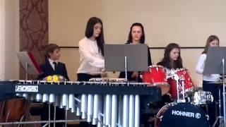 игра на бубне с оркестром