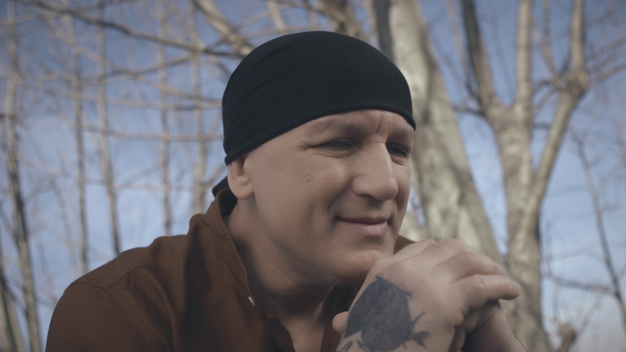 Download Crni - Samo jedan zagrljaj - (Official Video 2020)