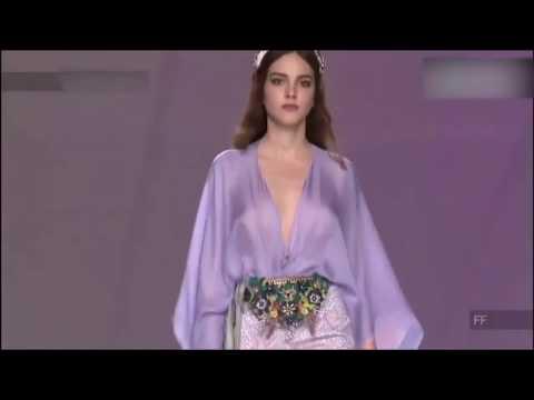 法国时装秀,风尚个性大胆,薄纱透亮,妖娆身材