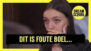Dit is foute boel... 😨 | DREAM SCHOOL | Les van concertganger Bataclan Ferry Zandvliet