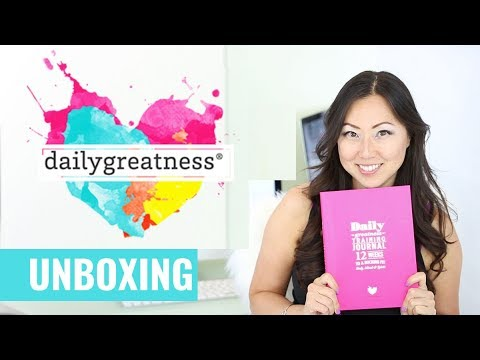 UNBOXING Daily Greatness Wellness Journal // Fitness Training Journal // Lyndelle Palmer Clarke