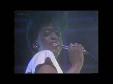 Evelyn 'Champagne' King - Love Come Down (TOTP 1982)