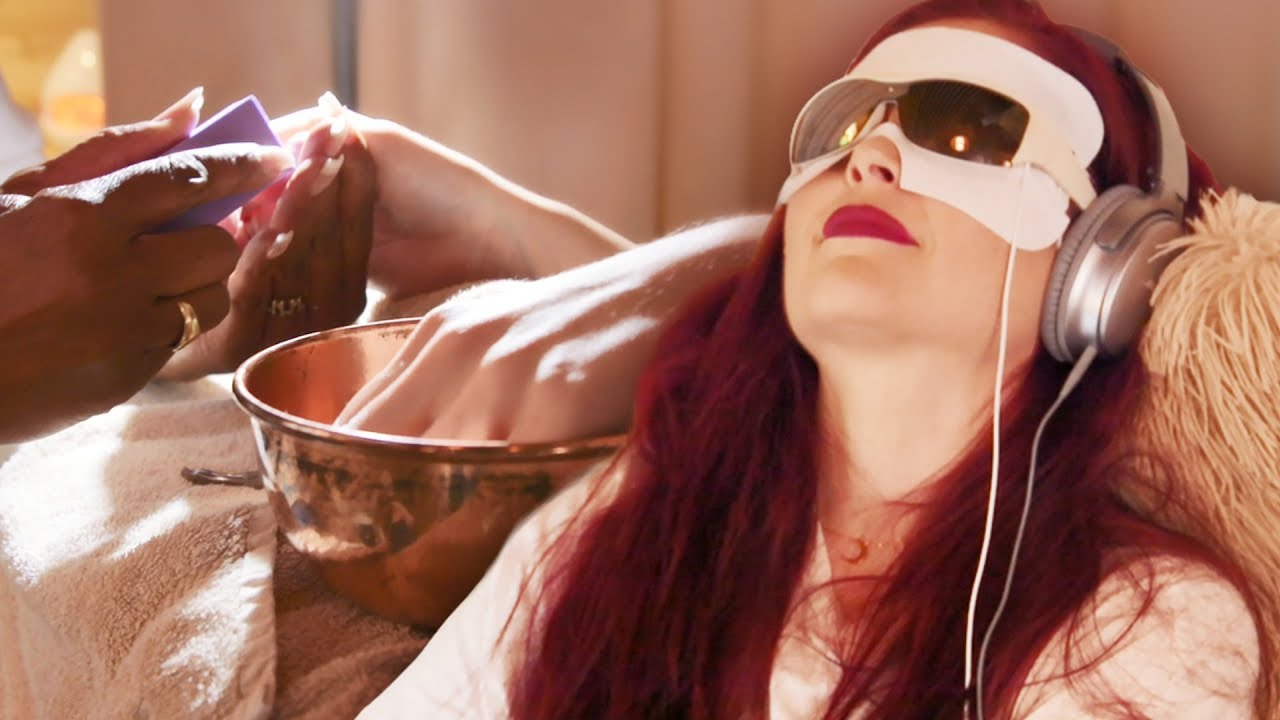 we-tried-the-meditation-manicure-beauty-trippin
