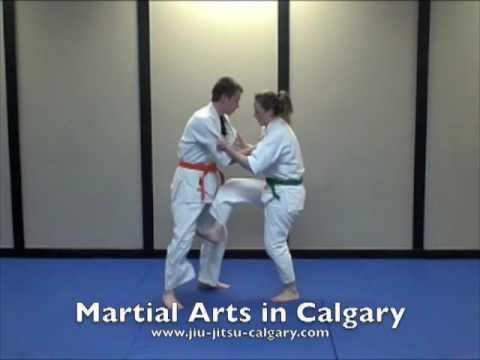 Self Defense classes in Calgary, self defense women in Calg