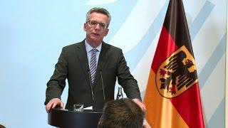 """Allemagne: le nombre de migrants afghans est """"inacceptable"""""""