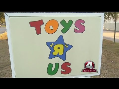 Toys R Us closing in Port Charlotte