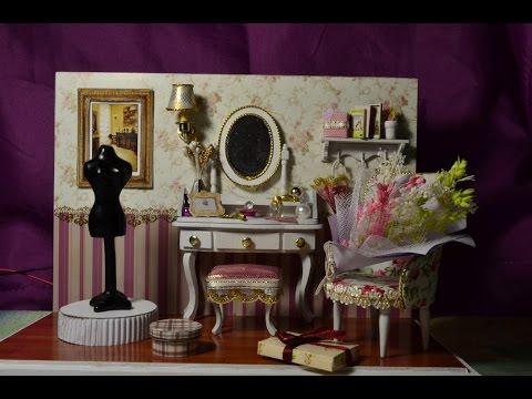 Предметы интерьера (кукольная миниатюра).Книги,картина,букет,цветы в вазе и горшке.