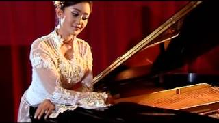 Dian Kusuma - Cucak Rowo (Official Lyric Video)