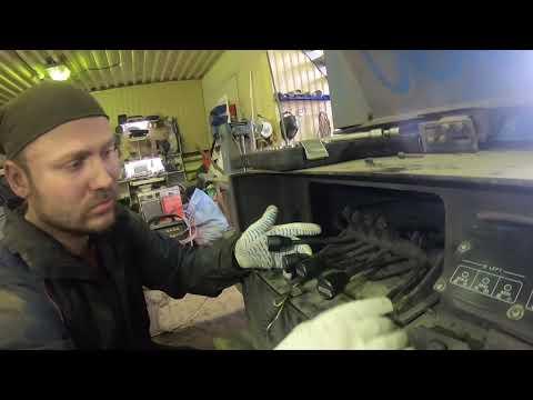 Почему аутригеры выдвигаются только при увеличении потока масла на автовышке TADANO AT-200TG?