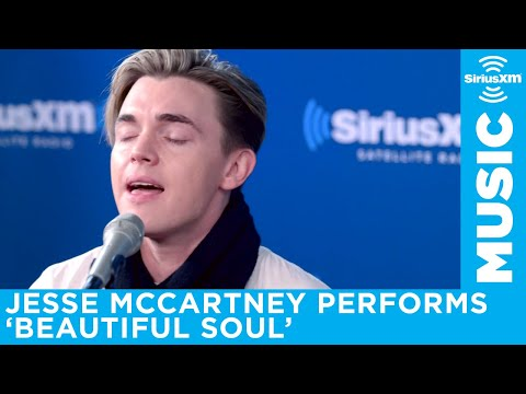 Jesse McCartney performs 'Beautiful Soul'