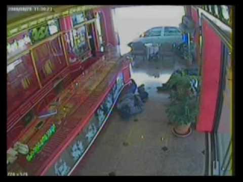 รายการตรงจุดเกิดเหตุ ตอนวิสามัญโจรปล้นร้านทอง