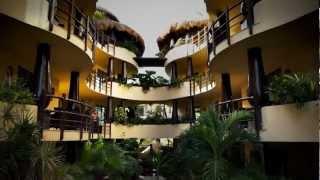Stay at the Condo Hotels Playa del Carmen El Taj Oceanfront Property!