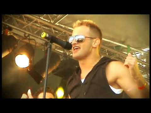Akcent - French Kiss (Official Video)