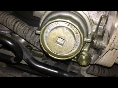 Toyota Land Cruiser 200 Series Engine Oil Change