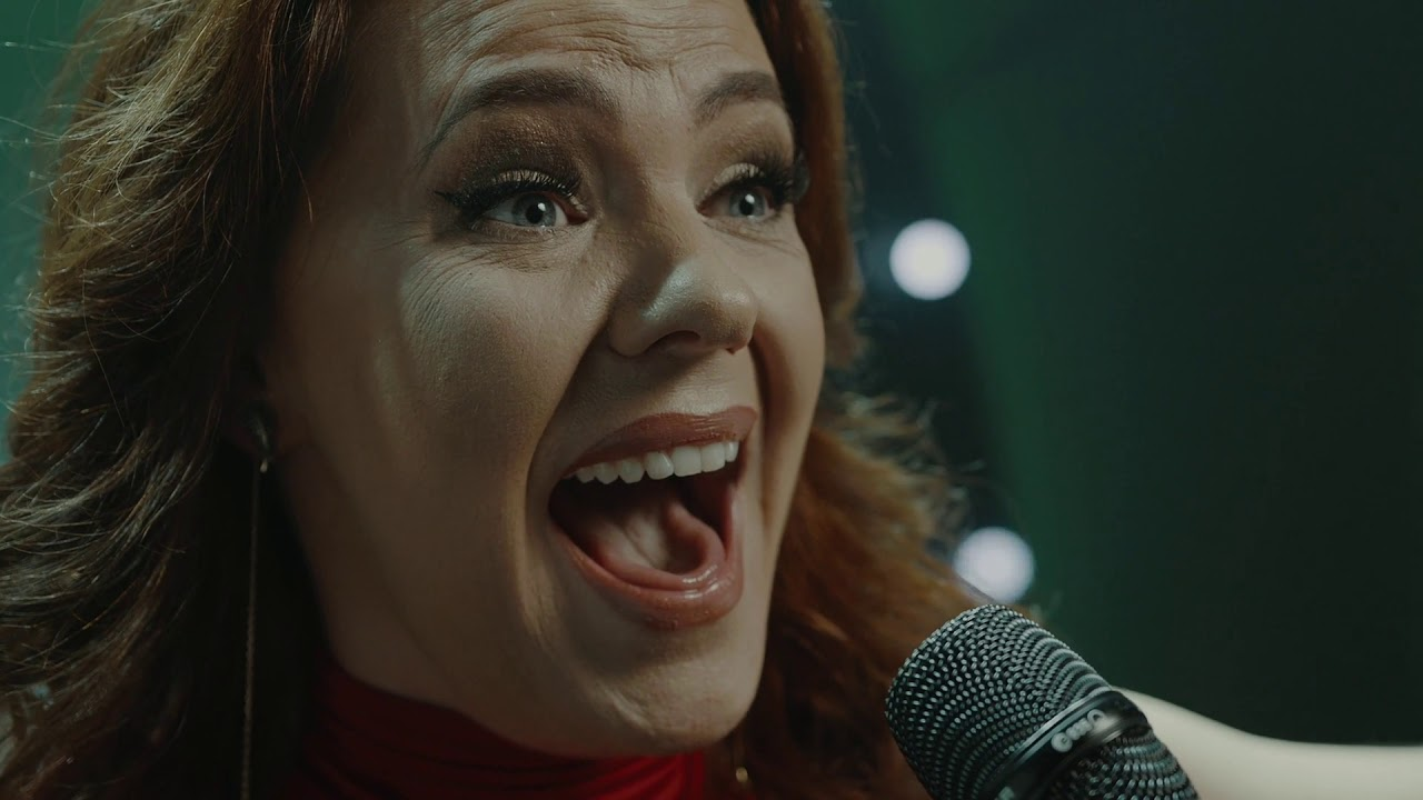 Rachel Tucker - Defying Gravity (Live from The MAC, Belfast)