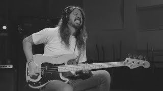 Download Dave Grohl - Play [Bass in Master Version] Mp3 and Videos