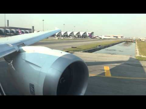Thai Airways (Boeing 787-8) Take Off In Bangkok