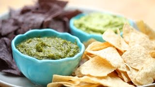 Homemade Salsa Verde With Roasted Tomatillos And Guacamole | Everyday Health