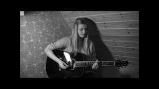 One Direction - ''Half A Heart'' Cover by Frida Hunshammer