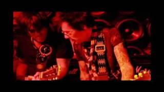 "SLINKY VAGABOND LIVE AT JOHN VARVATOS STORE NYC ""PRETTY VACANT"""