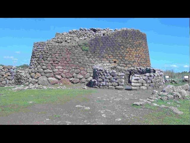 Nuraghe Losa y Santa Cristina - ruta por los yacimientos arqueológicos de Cerdeña (Sardinia)
