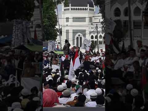 Mengetarkan orasi ustadz abdul latif khan mengeggerkan musuh islam!!!