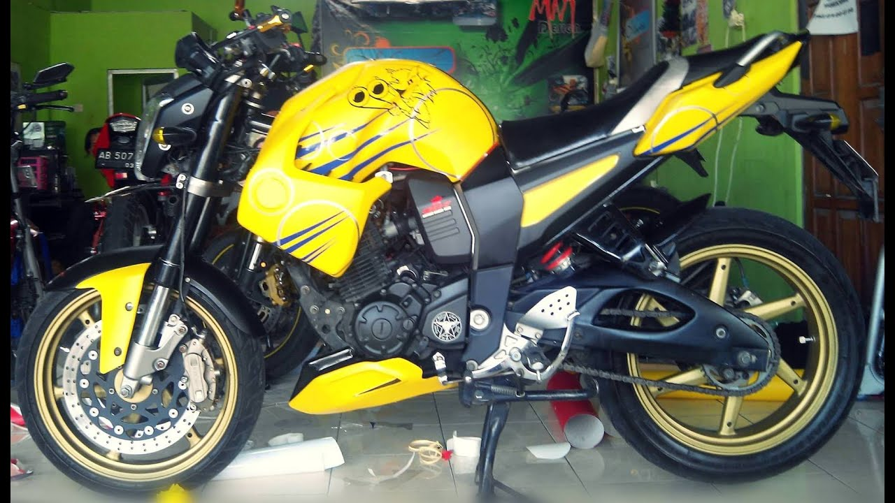 Top modifikasi motor byson warna putih
