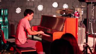 NHS 2014 Winter Coffeehouse - Flying Fingers Piano Medley (2nd Show)