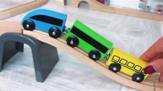 Видео с игрушечными машинками, паровозиками и Тоботами. Сборник детских видео