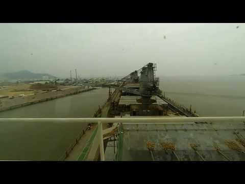 HARBOUR PILOT (ch.13) [HD] - 200m length woodchip carrier berthing. Tribute to Quynhon Pilotco VII
