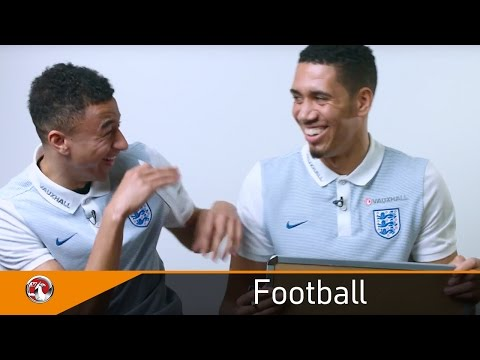 Smalling and Lingard hear tales about their childhoods | Mother's Day | Vauxhall