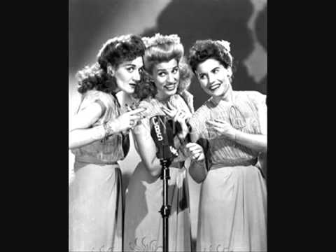 Chattanooga Choo Choo - The Andrews Sisters w/onscreen lyrics