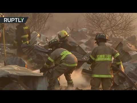 Large Valparaiso blaze forces residents to evacuate