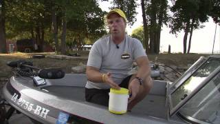 Fishing the Midwest Tip - Frabill Crawler Can