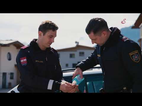 Corona-Krise: Rennrodler Reinhard Egger als Polizist im Einsatz
