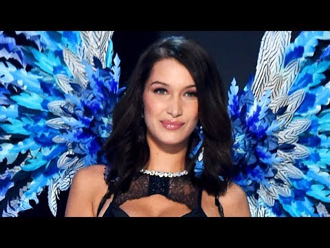 Thumbnail: Bella Hadid Suffers Wardrobe FAIL At 2017 Victoria's Secret Fashion Show