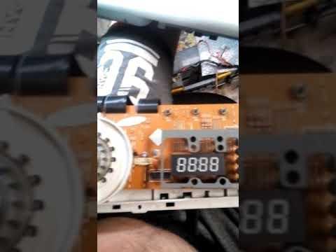 Самсунг WF7538S7V ошибка Door