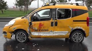 Çarşı izninde taksi çalan 2 er, polisten kaçarken kaza yaptı, yaralandı