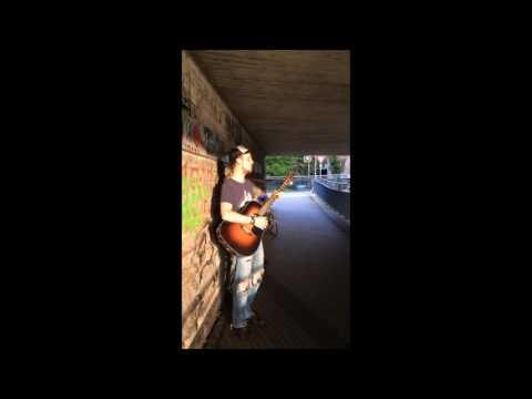 Samuel Siebenstein Straßenmusik (in Paderborn)
