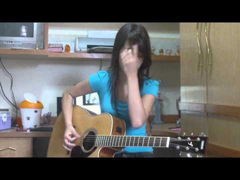 Juliana Vieira : Decode - Paramore (acoustic cover)