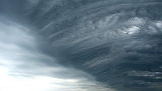 Strong Thunderstorm with Undulatus Asperatus Shelf Cloud - July 12th, 2018