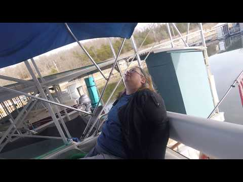 Jeff Floats Table Rock Lake Edition Bayliner Contessa 2850 Command Bridge