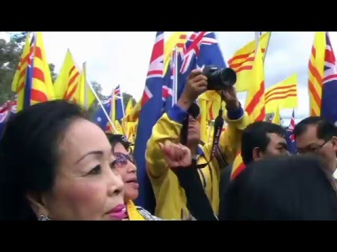 Vietnamese Community in Australia protested at vc embassy in Canberra 30 April 2016