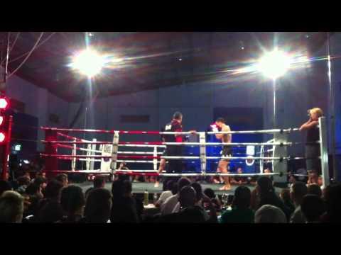 Brett Whitton vs Jun Lee - 1