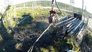 Forest harvesting with Komatsu X19 prototype