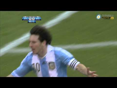Golazo de Messi   Argentina 4 vs Brasil 3   Amistoso   09-06-12