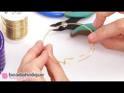 How to Make an Expandable Charm Bangle using the Artistic Wire 3D Bracelet Jig